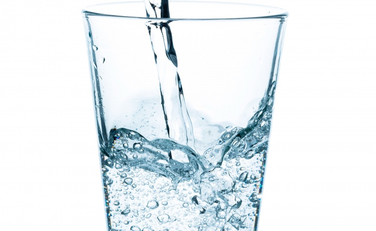 How much water do you need to drink per day to stay hydrated?
